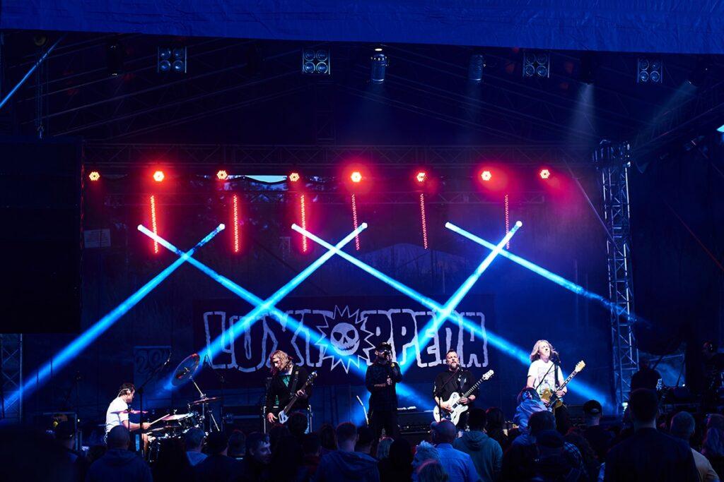 koncert zespołu luxtorpeda zdjęcia
